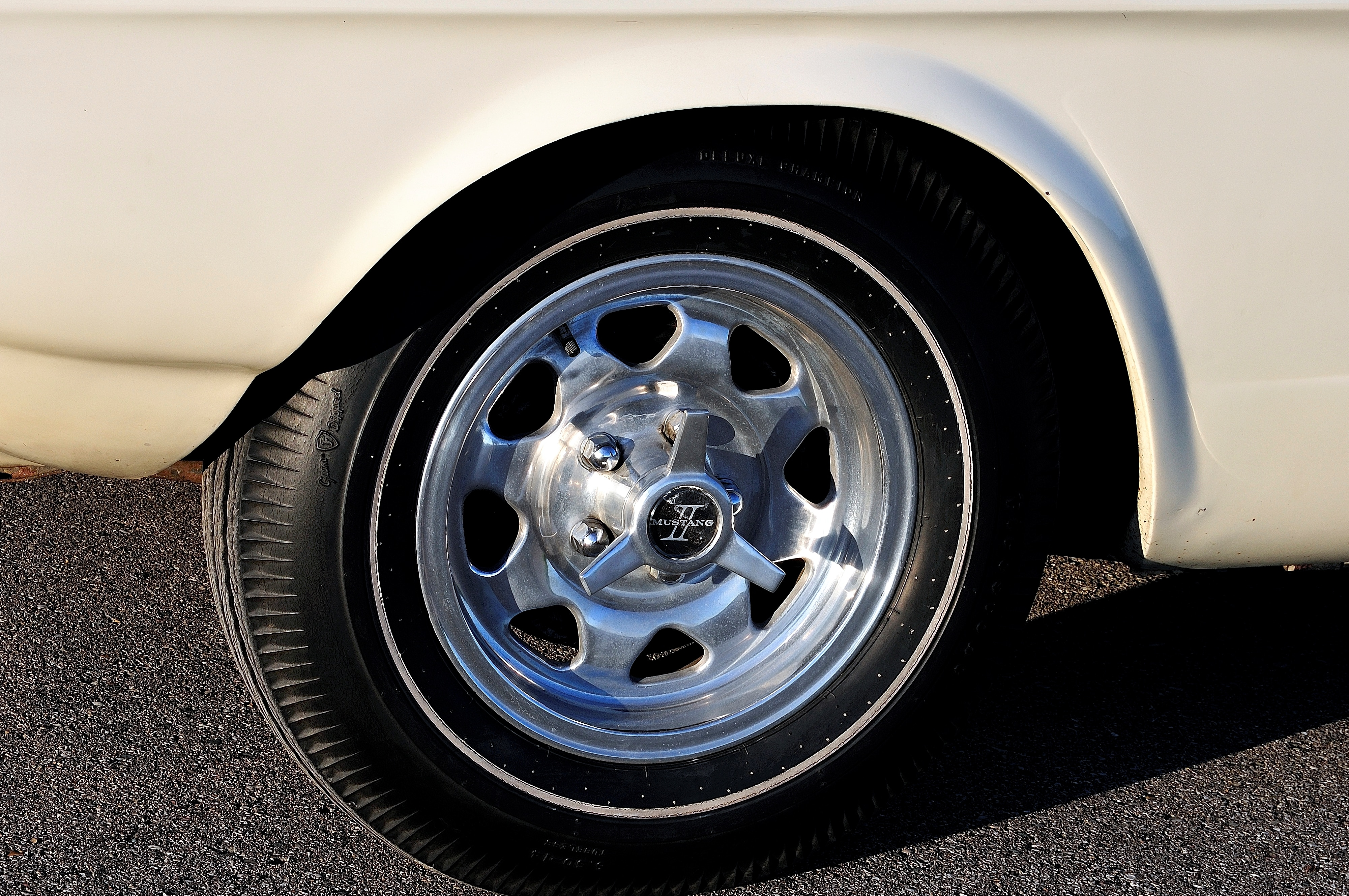9 1963 Ford Mustang Wheel