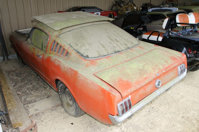 Rare Field Finds Fords Mustangs Trucks Parts 09