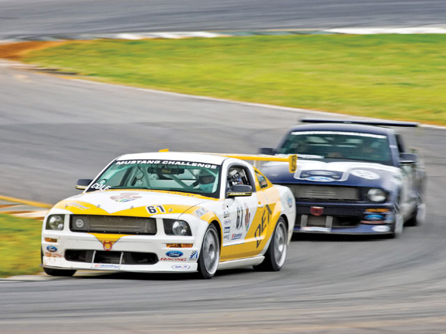 Ford Racing Mustang Challege Yellow Blue