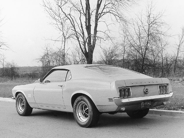 Mump 0103 09 Z 1970 Ford Mustang Boss 429 1969 Ford Mustang Boss 302 Exterior Side View