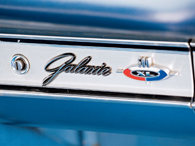 1964 Ford Galaxie 500 Xl Galaxie Emblem