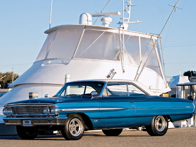 1964 Ford Galaxie 500 Xl Sideview