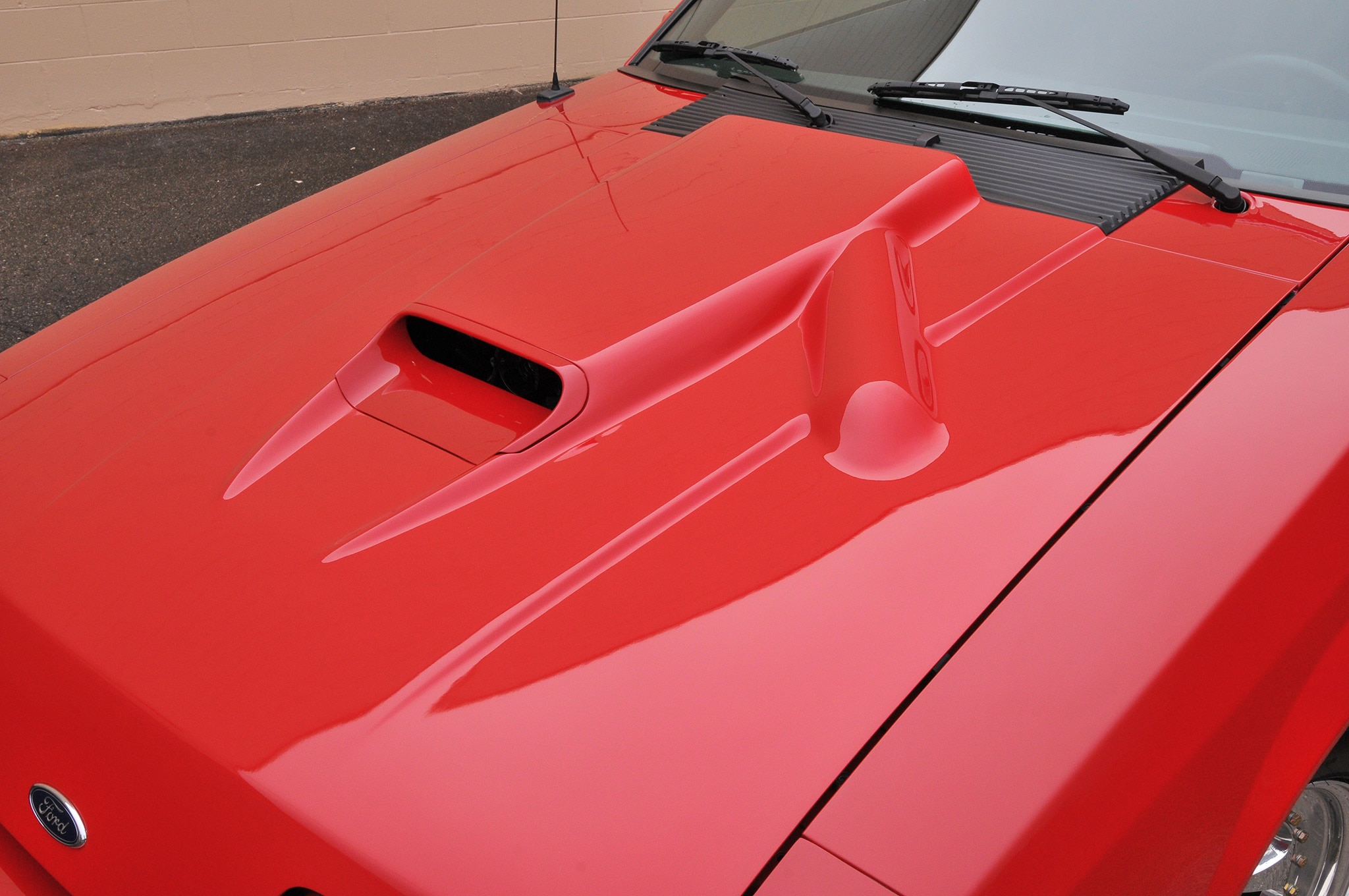 1986 Ford Mustang Svo Coyote Vermillion Red Hood Vent