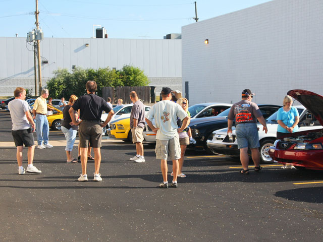 Woodward Pre Cruise Crowd And Ford Mustangs