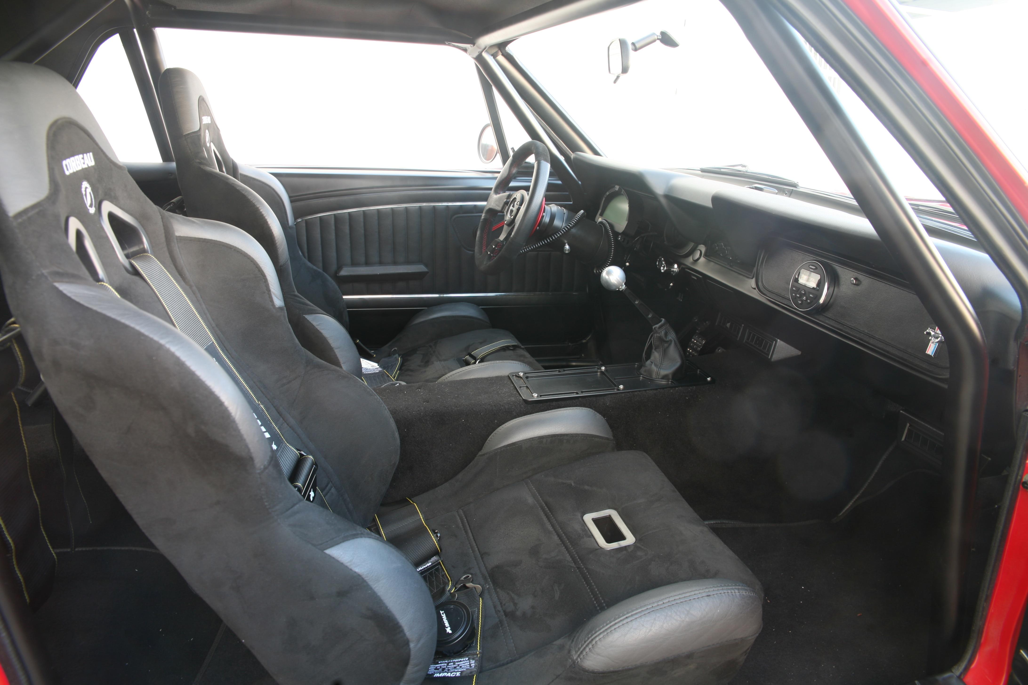 6 1966 Ford Mustang Interior
