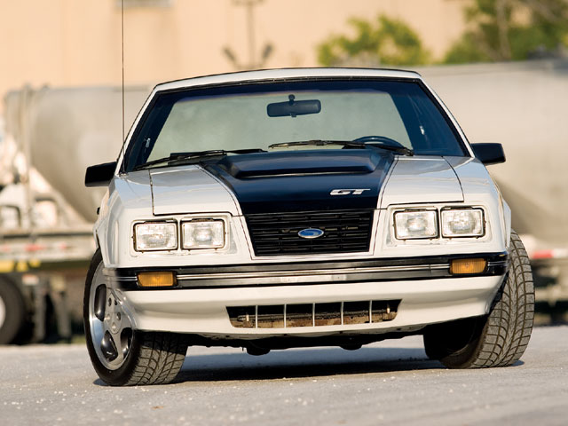 Mdmp 0809 10 Z 1983 Ford Mustang Gt Front View