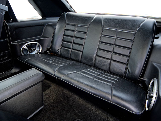 1983 Ford Mustang Gt Backseats