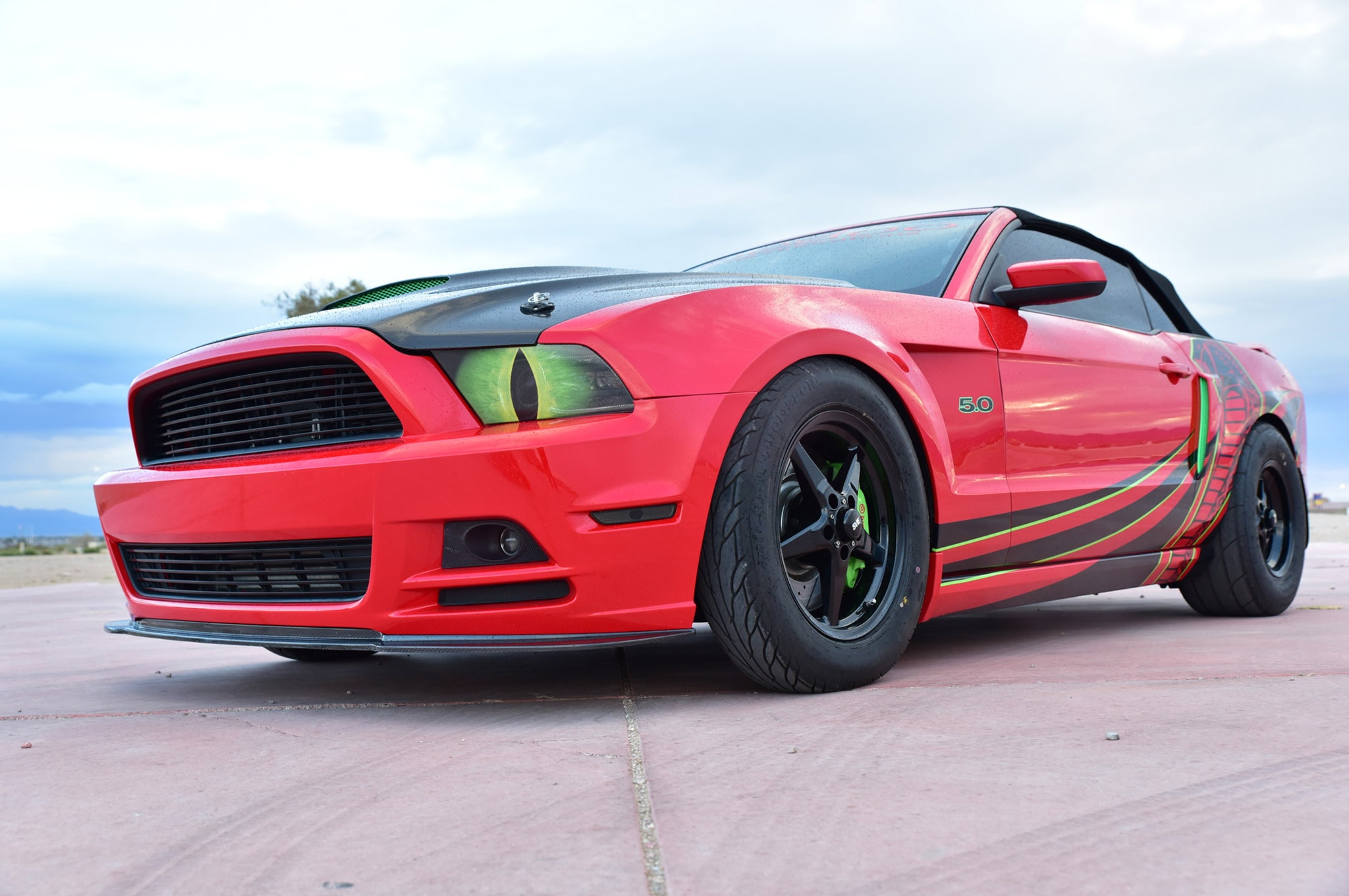 2013 Ford Mustang California Special Red Snake Eyes 010