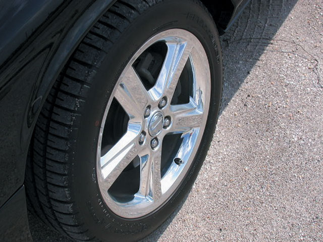 2003 Mercury Marauder Wheels