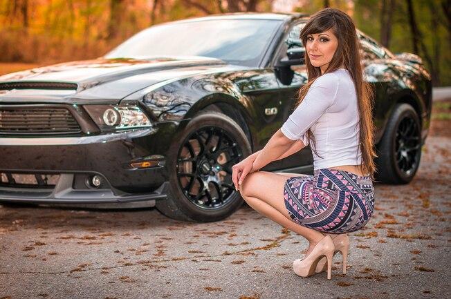 2011 Ford Mustang Lauren Samuhel Babe Of The Month