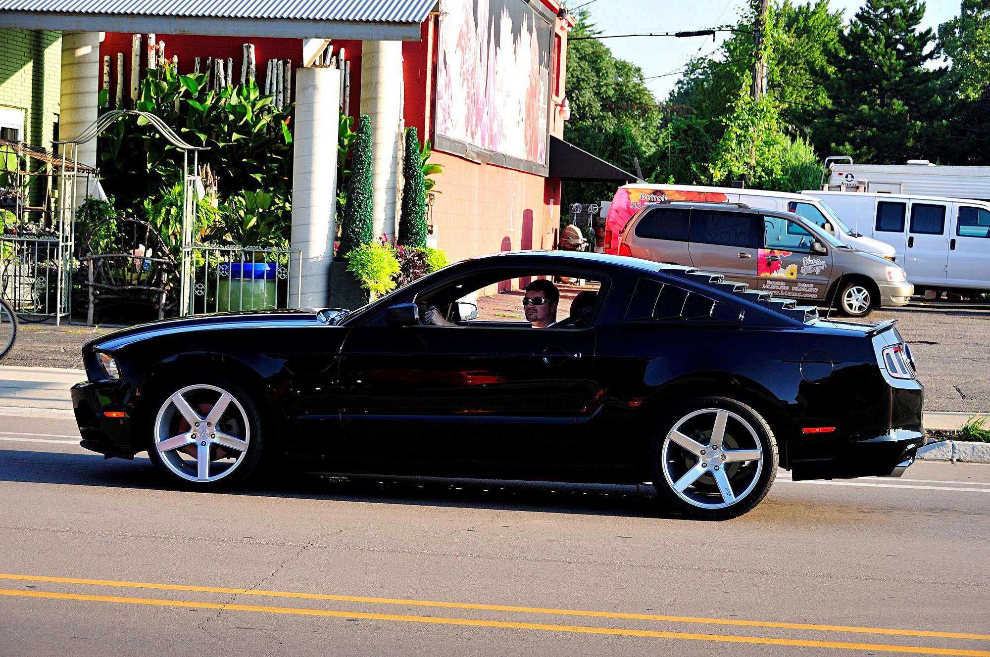 2016 Woodward Dream Cruise Mustang Alley 320