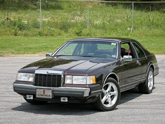 Mdmp 0811 02 Z 1988 Lincoln Mk Front View