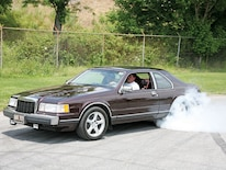 Mdmp_0811_05_z 1988_lincoln_mk Burnout