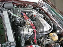 Mdmp_0811_08_z 1988_lincoln_mk Engine