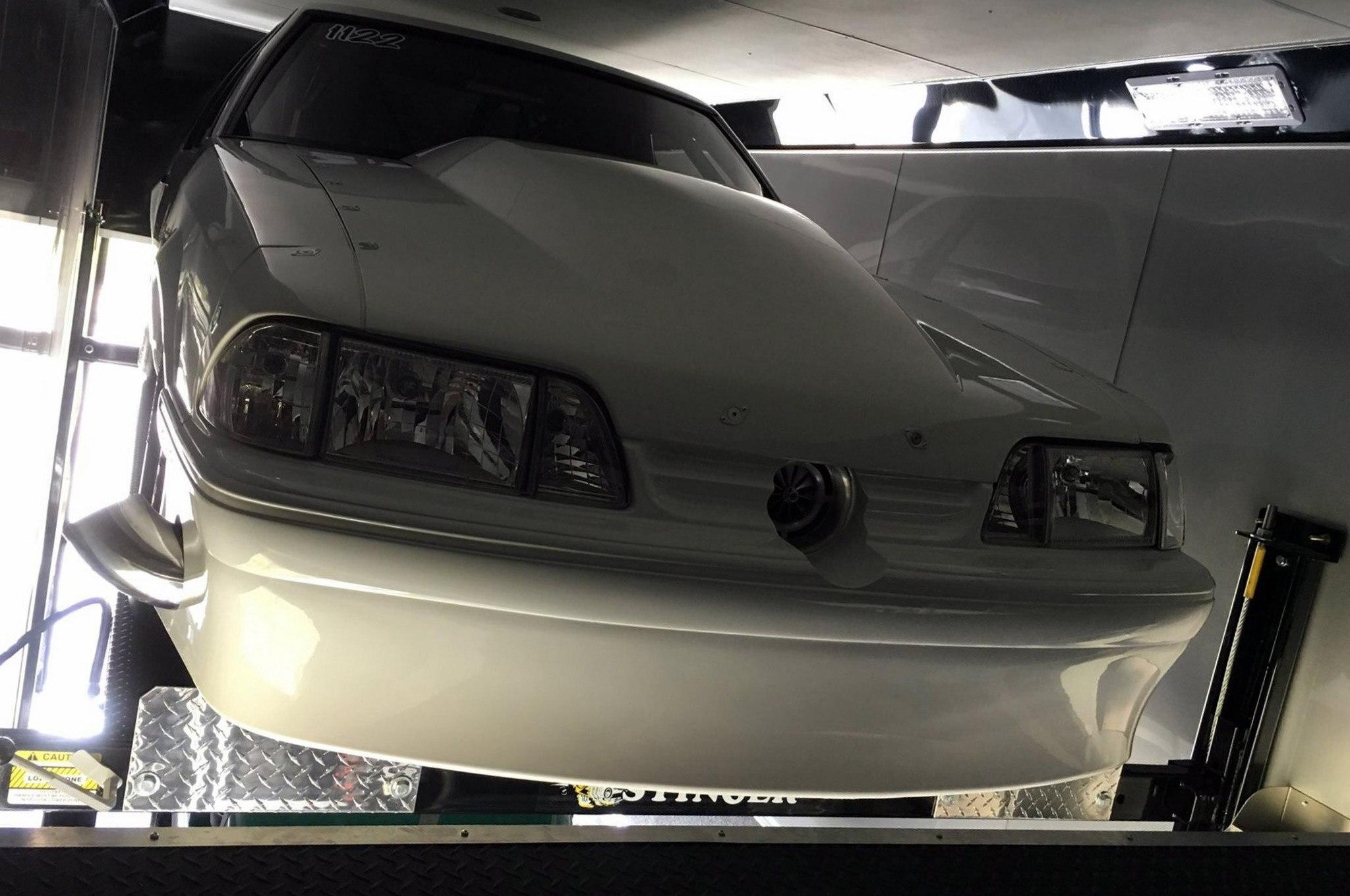 1991 Jon Thomas X275 Coupe Grille