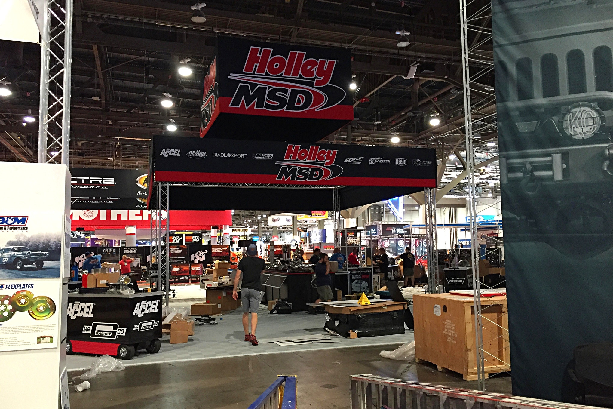 2016 Sema Show Sunday Load In Day 013