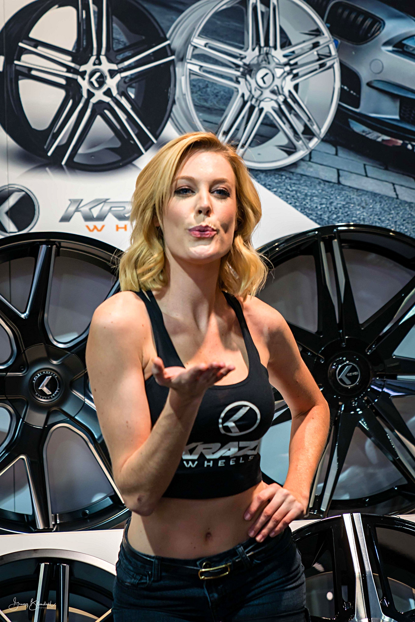 Sema 2016 Girls Booth Spokesperson 026