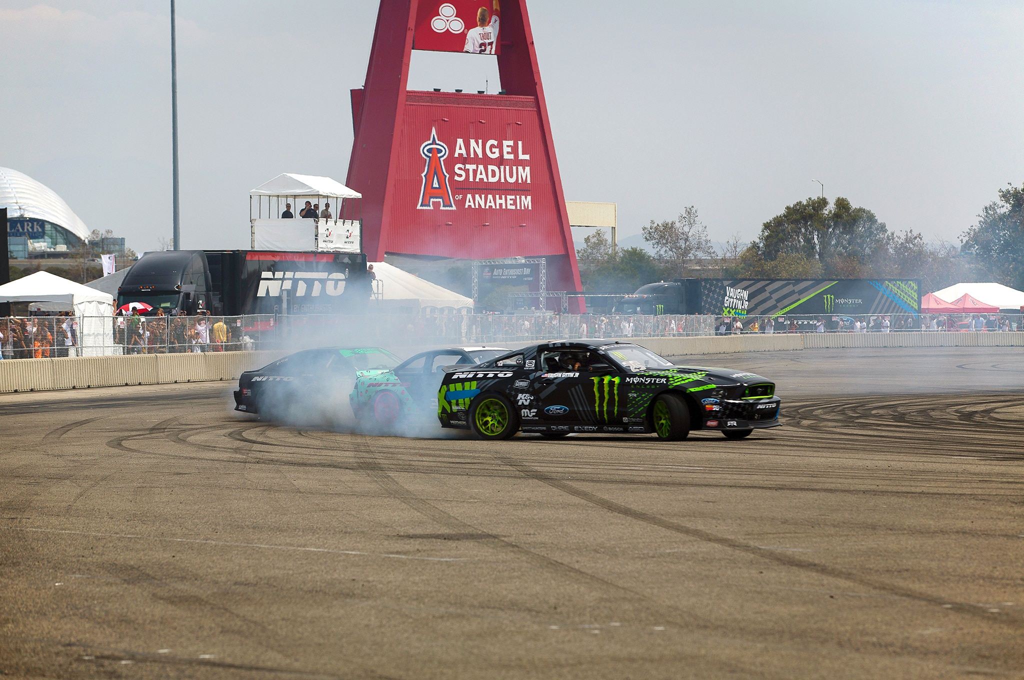 Nitto Tire Auto Enthusiast Day Burnout