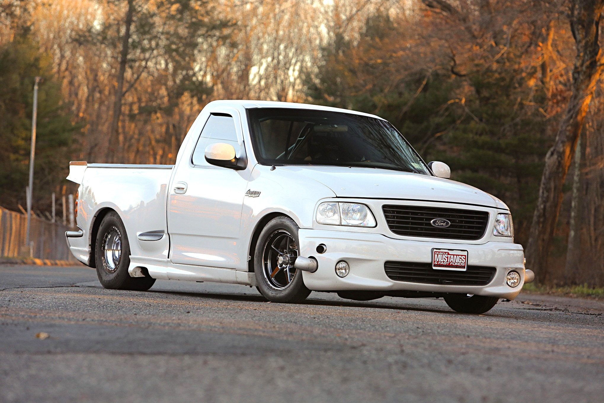 2004 Ford Lightning Yetti Front View