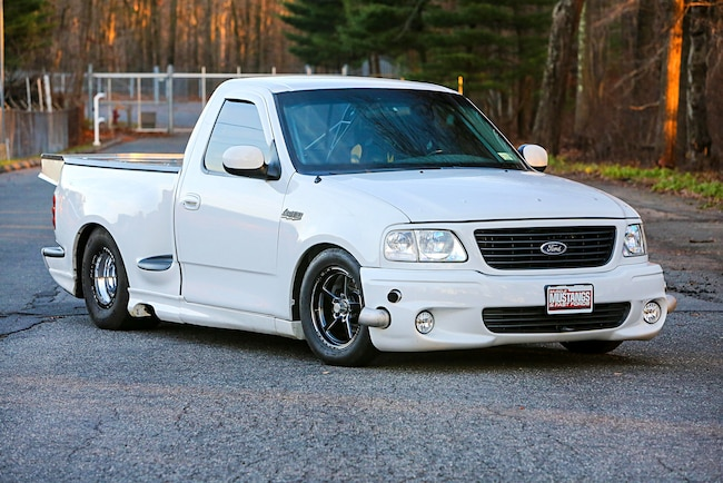 2004 Ford Lightning Yetti Front