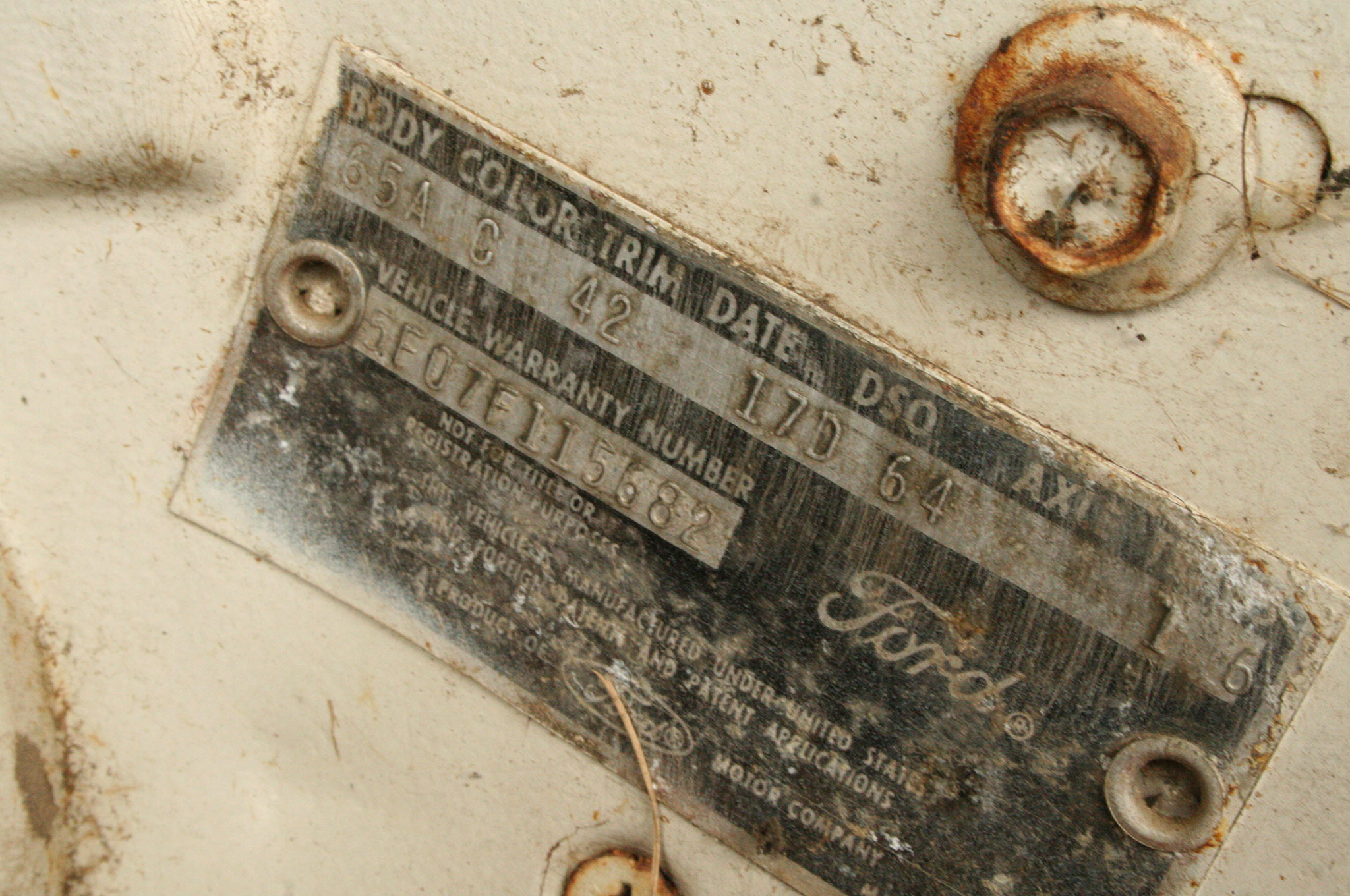 13 1964 Ford Mustang Door Data Plate