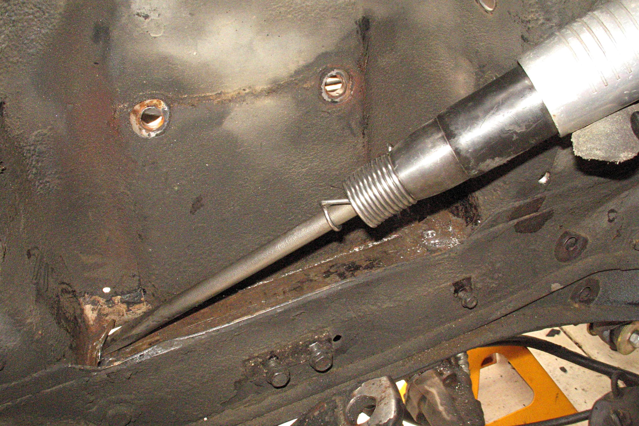 011 Shock Tower Replacement Air Chisel
