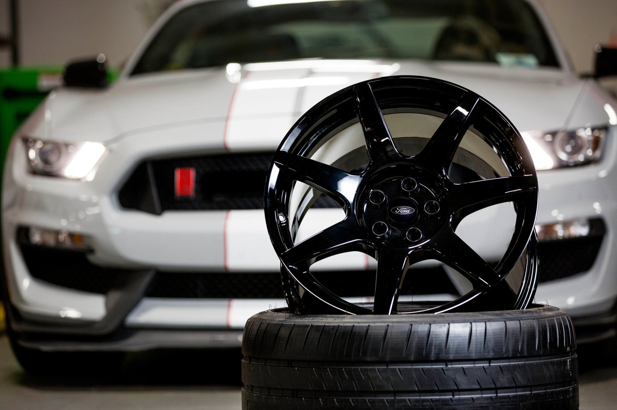Ford Shelby GT350R Mustang Wheel  1
