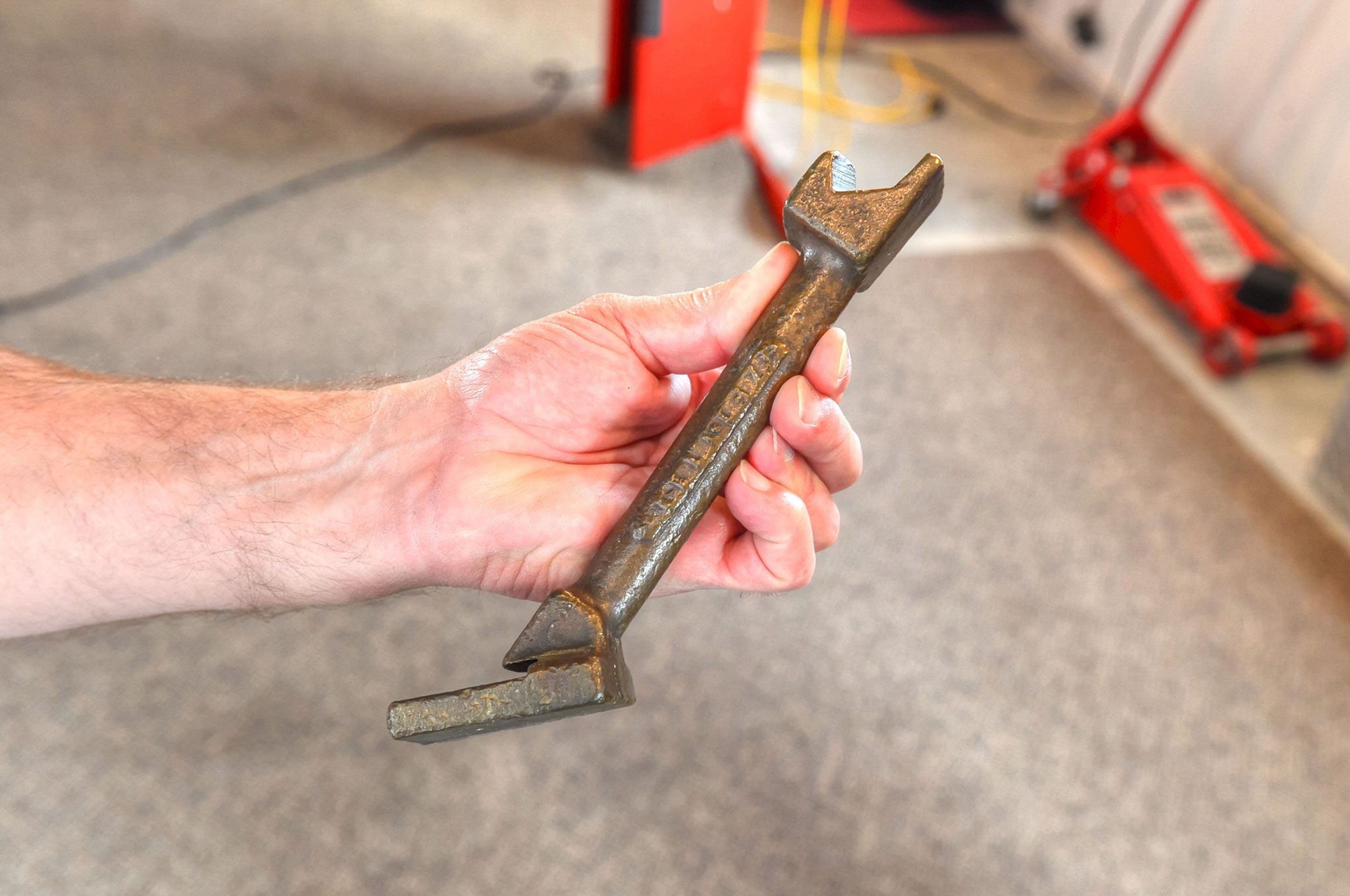 Ford Suspension Support Tool