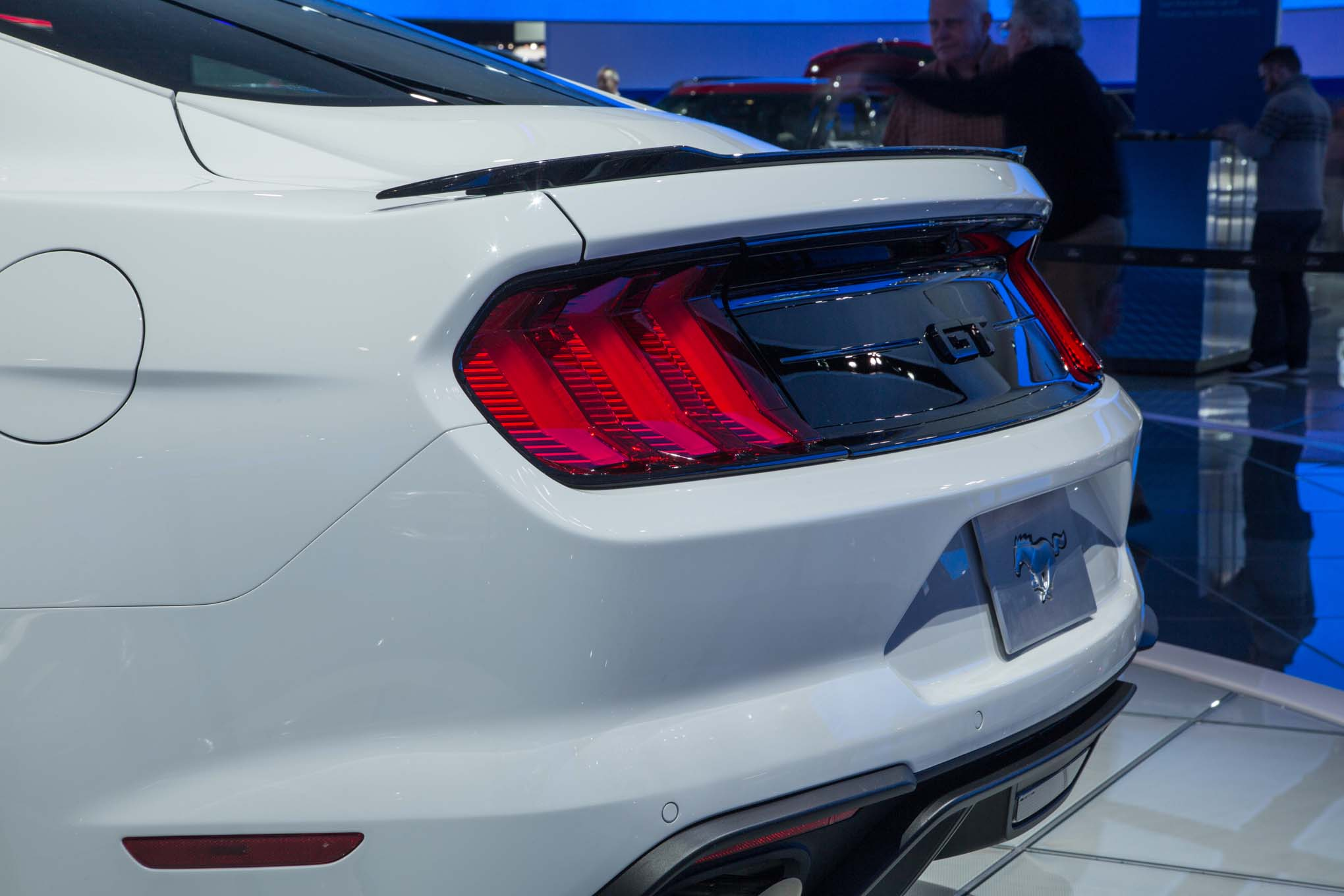 2018 ford mustang gt rear taillight