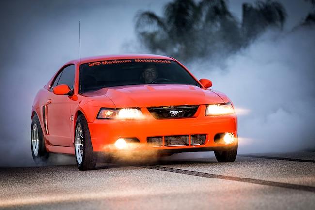 2004 Ford Mustang Svt Cobra Orange Front Quarter View 001