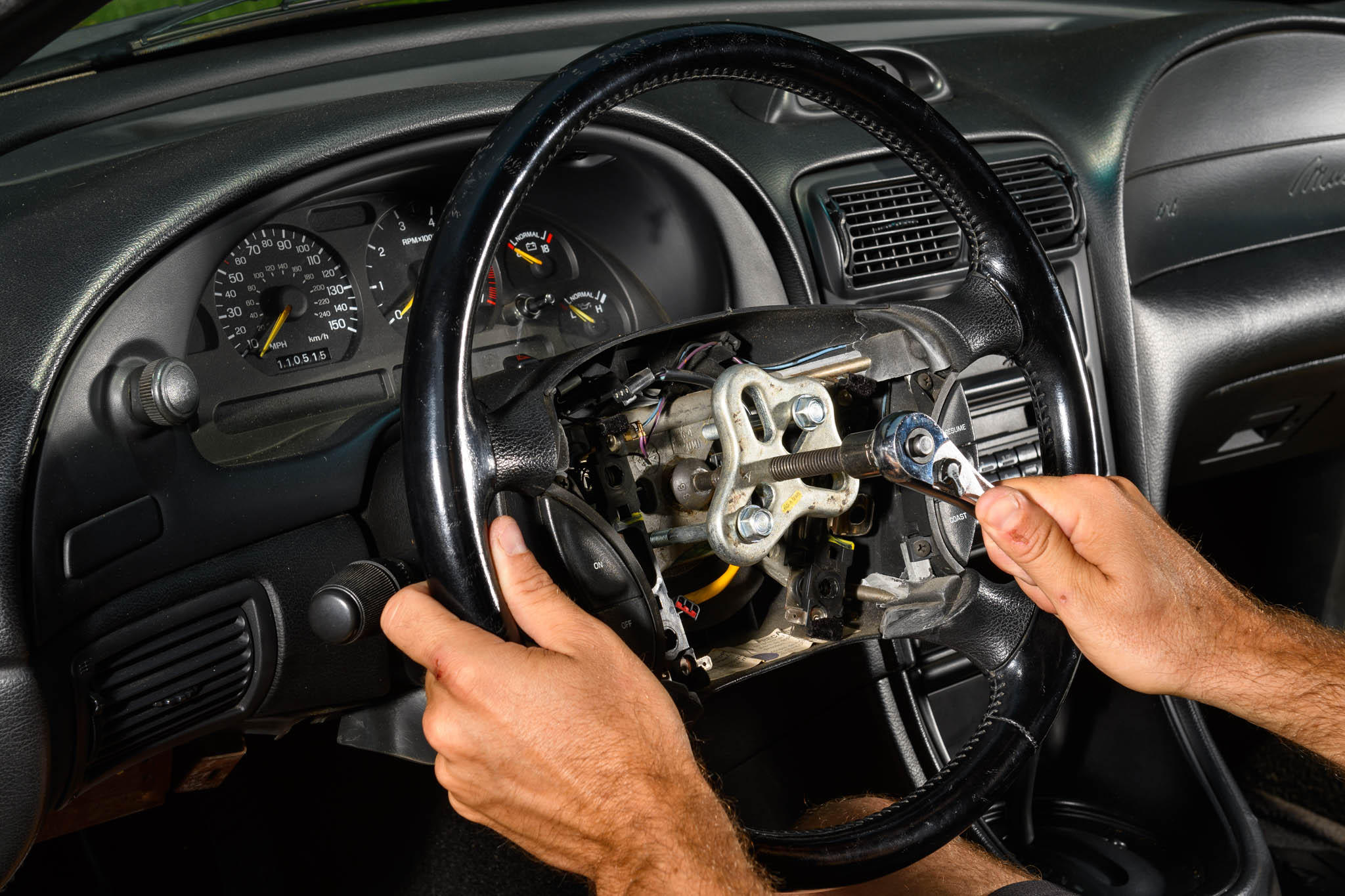 Late Model Restoration Supply Steering Wheel Replacement 14