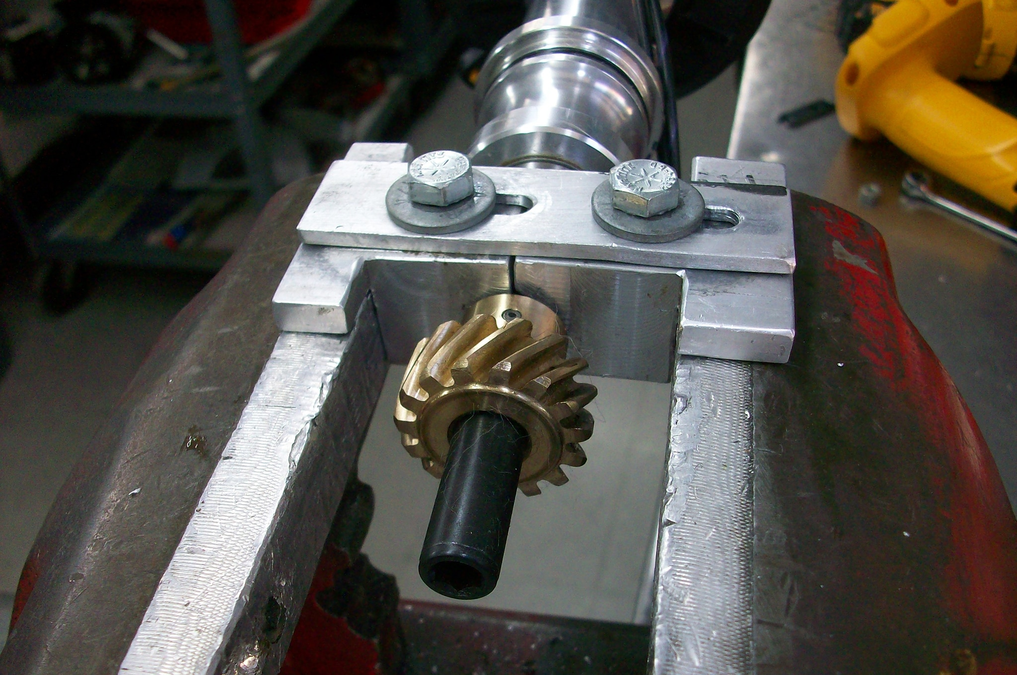 8a Bronze Distributor Gear