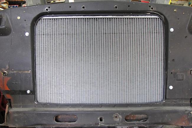 001 Mustang Big Block 24 Inch Radiator Conversion