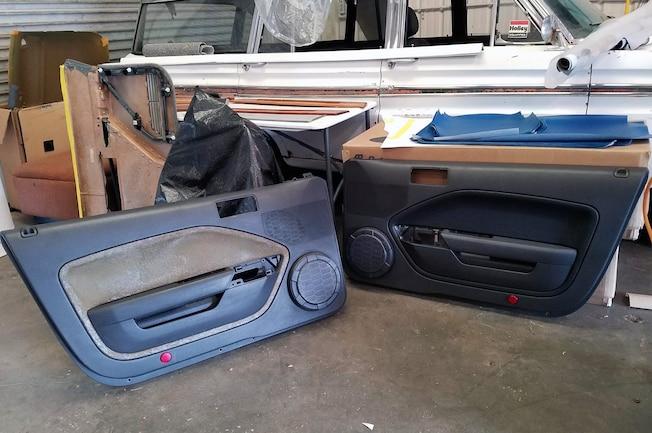 Door Panel Mustang Insert 001