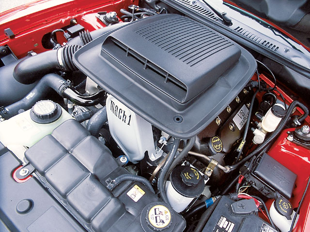 Mump_0401_08_z 2003_ford_mustang_cobra_powertrain_crossbred Engine