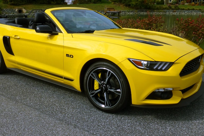 2017 Ford Mustang Gt Triple Yellow
