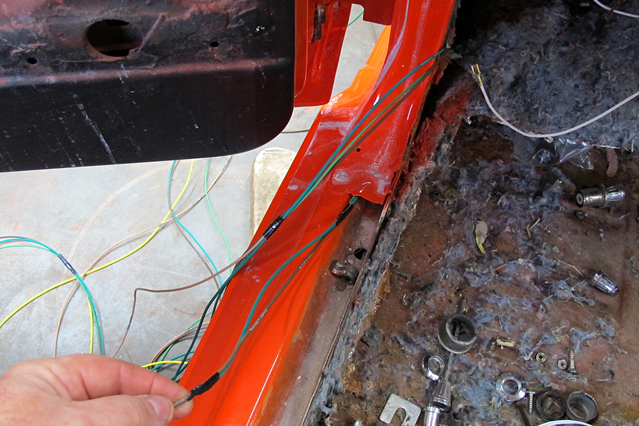 American Autowire Install 016