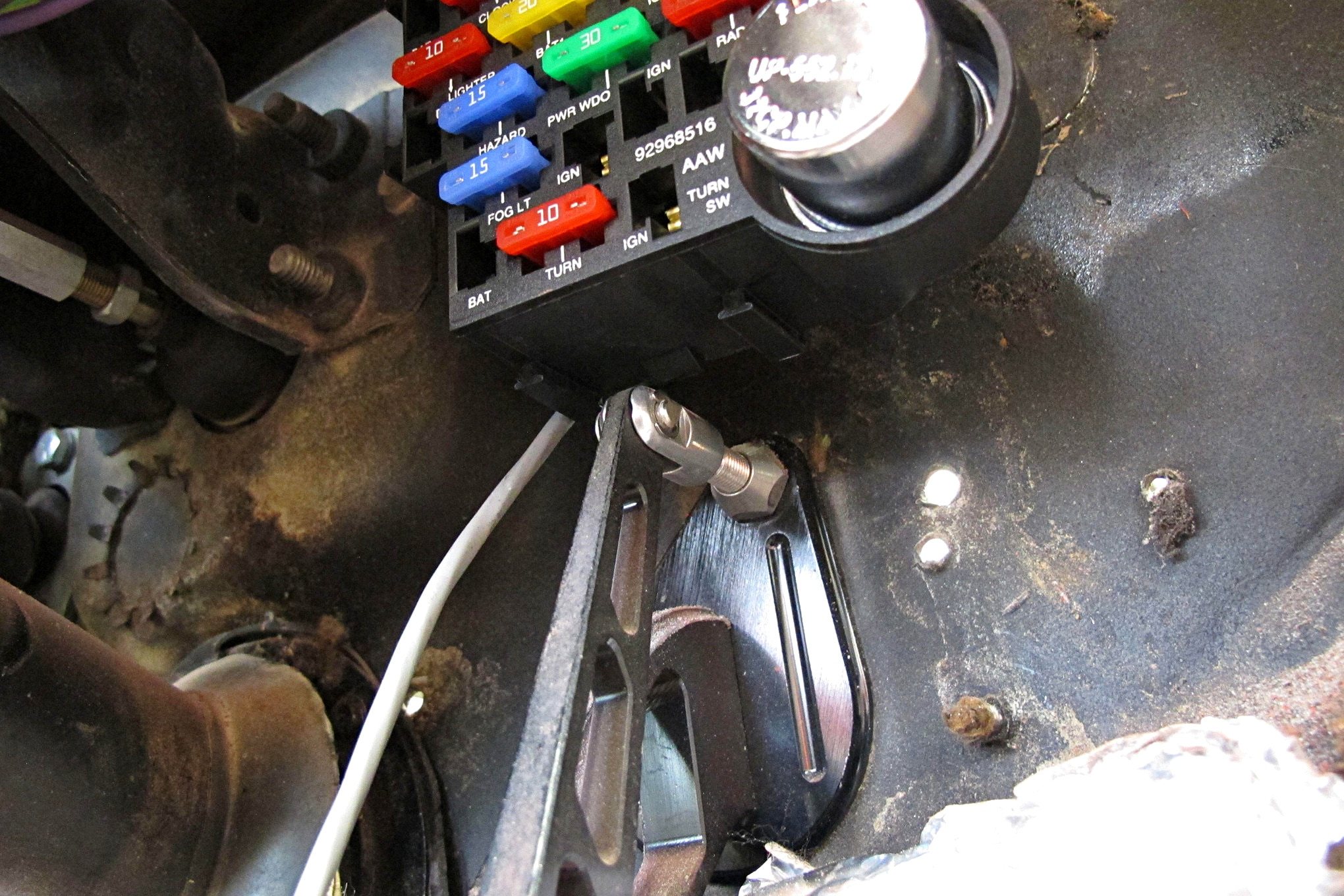 American Autowire Install 012