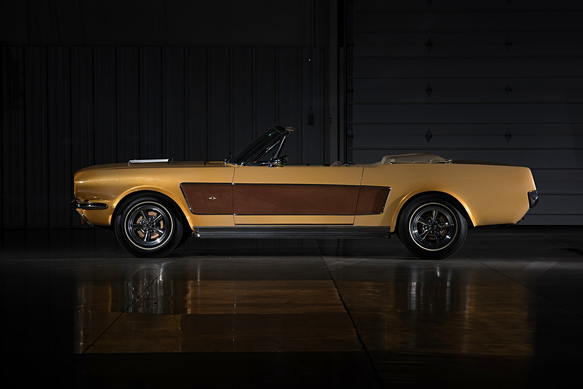 Sonny Cher Ford Mustang Side Brown