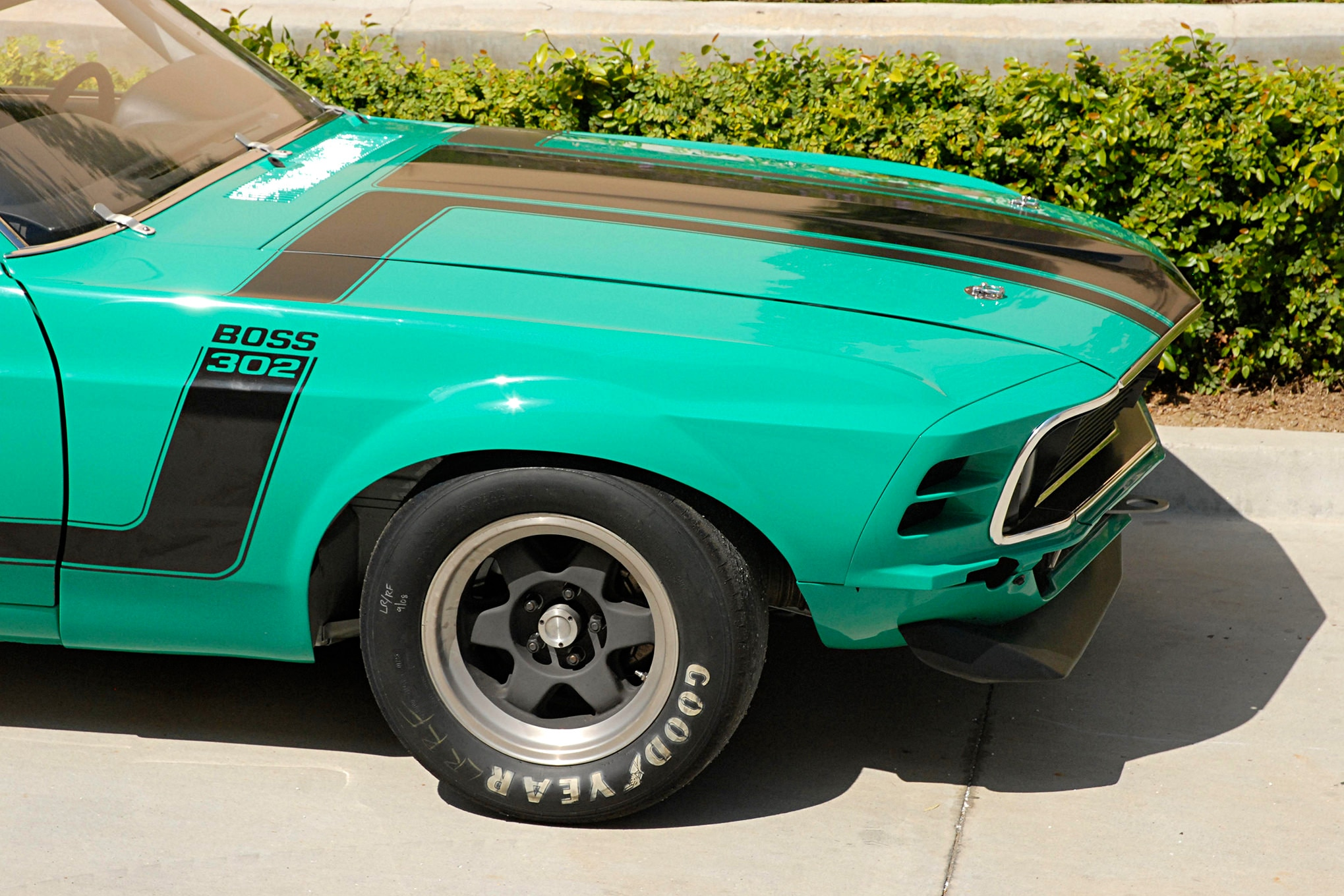 011 Conley 1970 Ford Mustang Boss 302 Front Tire Wheel Detail
