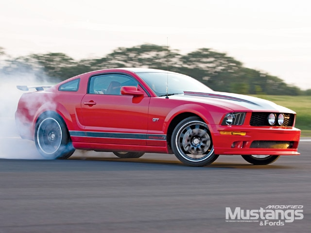 2005 Stealth R Mustang Burnout