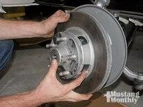 Mump_0901_05_z Install_cobra_brakes