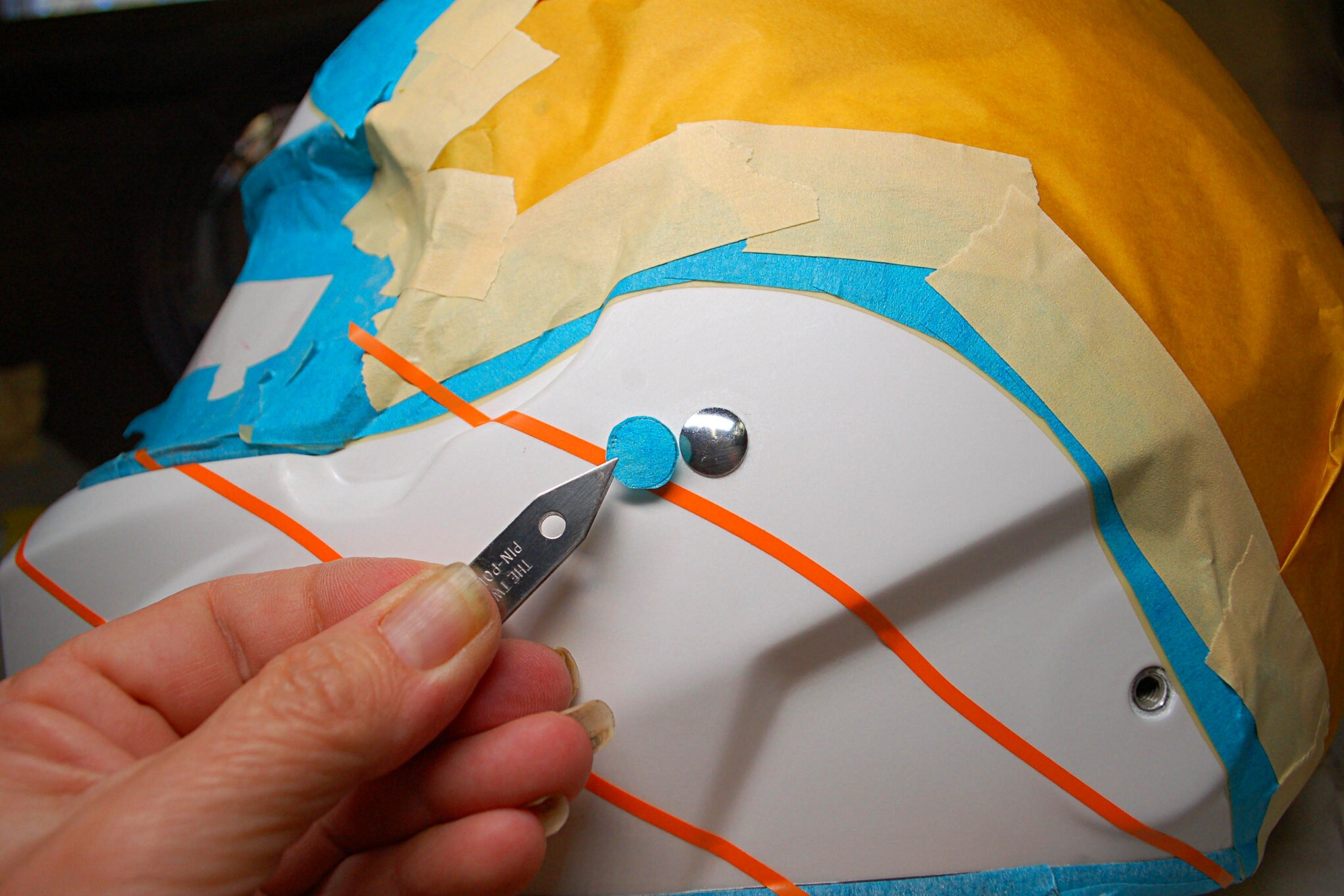 018 Helmet Masking Rivit Paint
