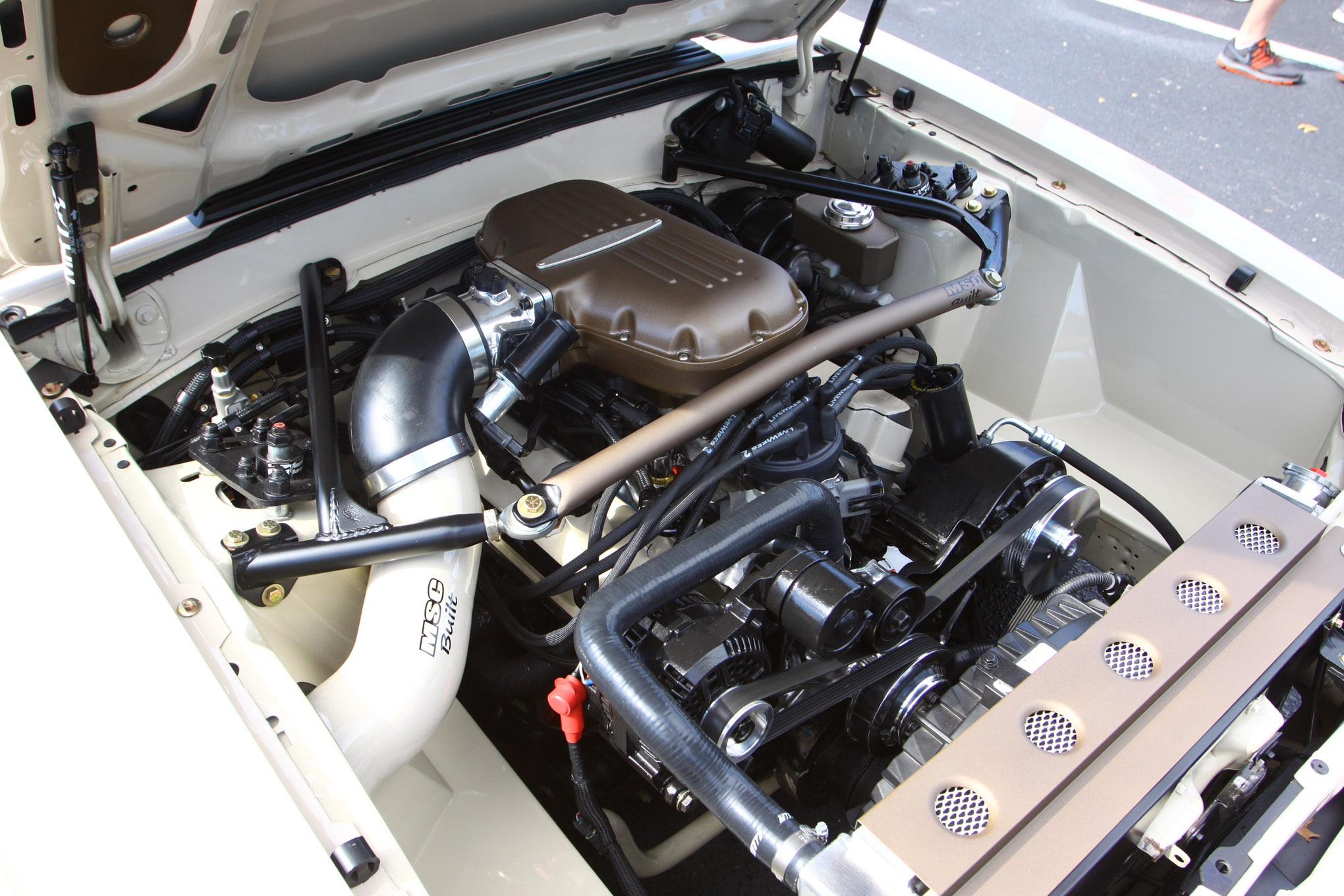 Editors Choices Mj 1987 Mustang LX Engine
