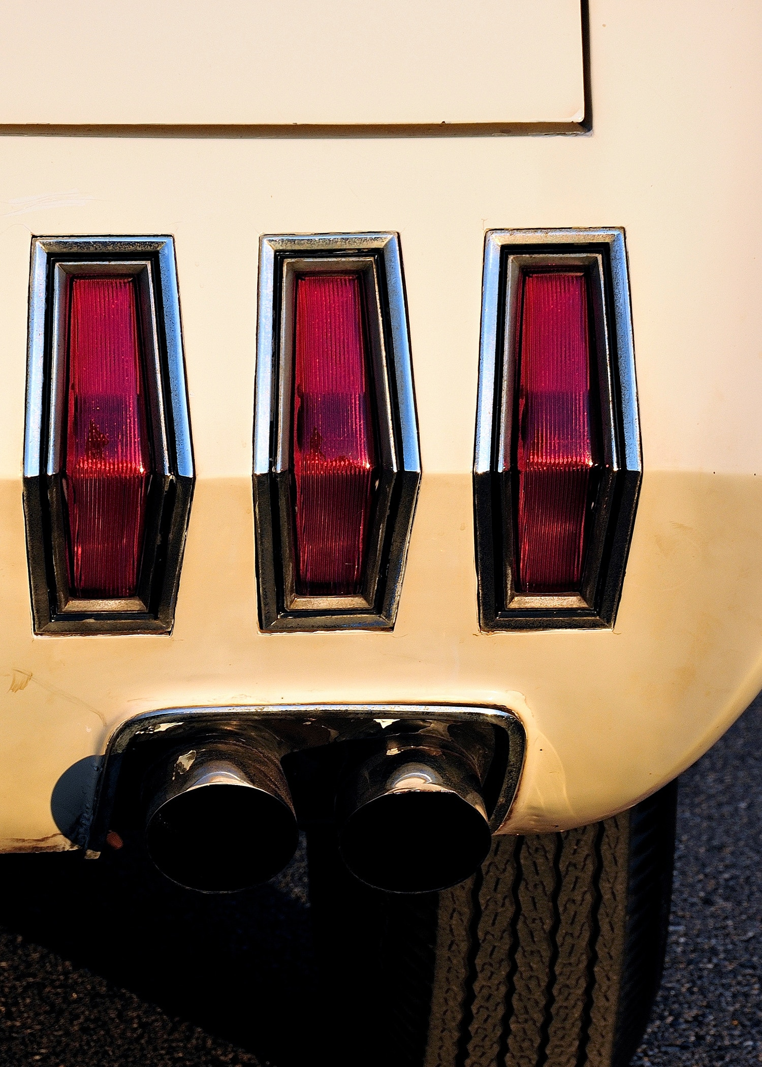 15 1963 Ford Mustang Taillights