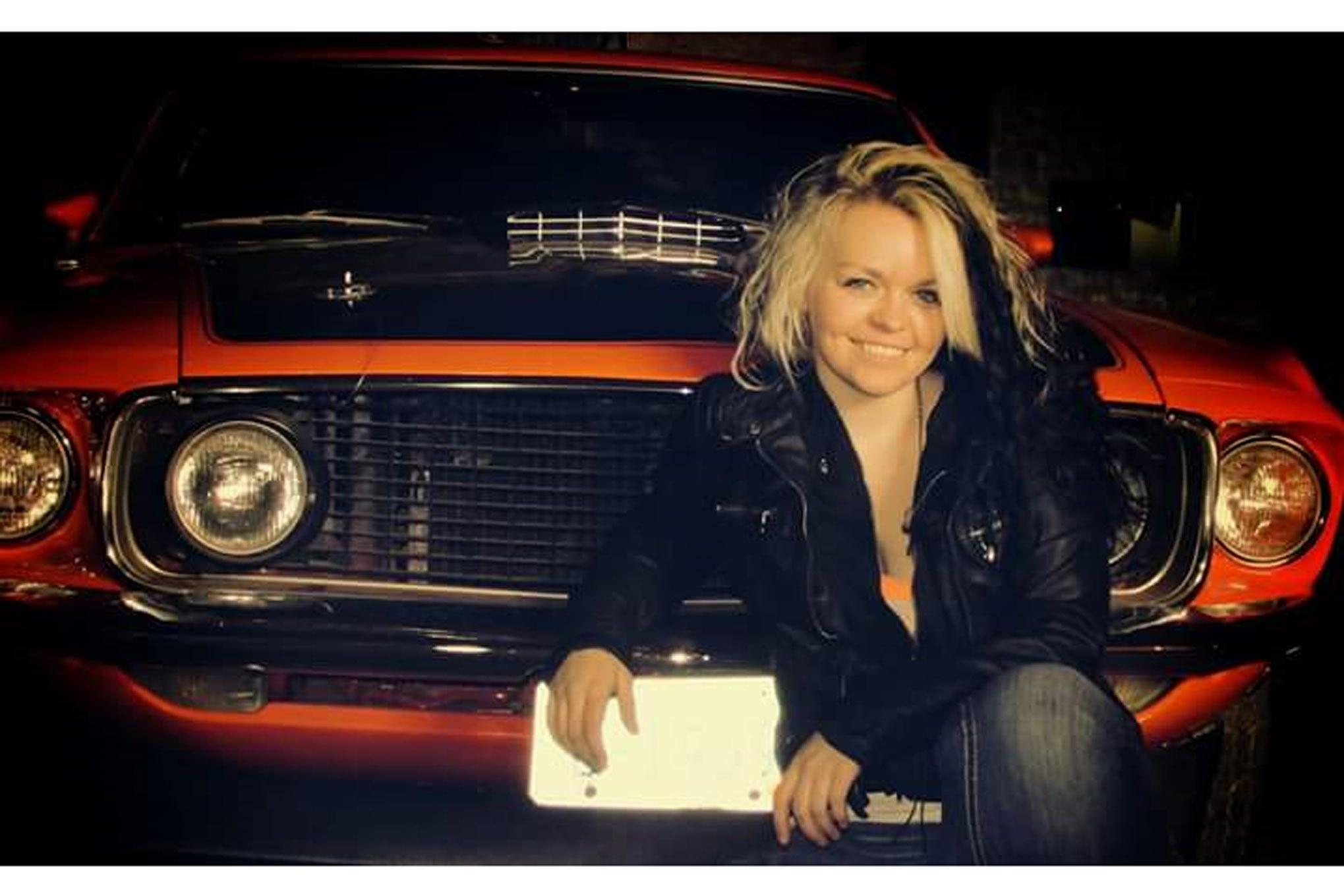 Mustang Girl Monday Mckenzie