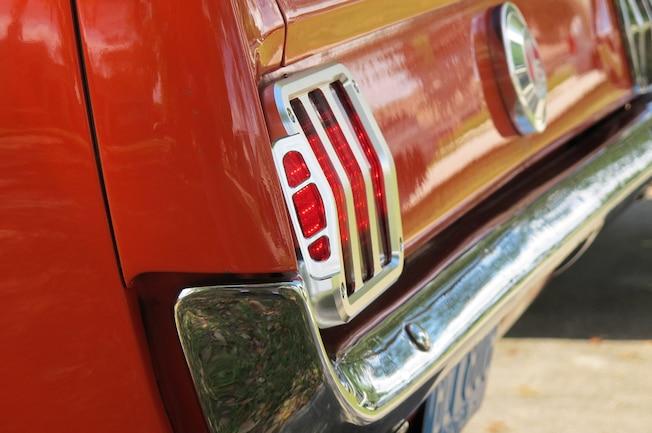 01 1965 Mustang Scott Drake Taillight Bezel