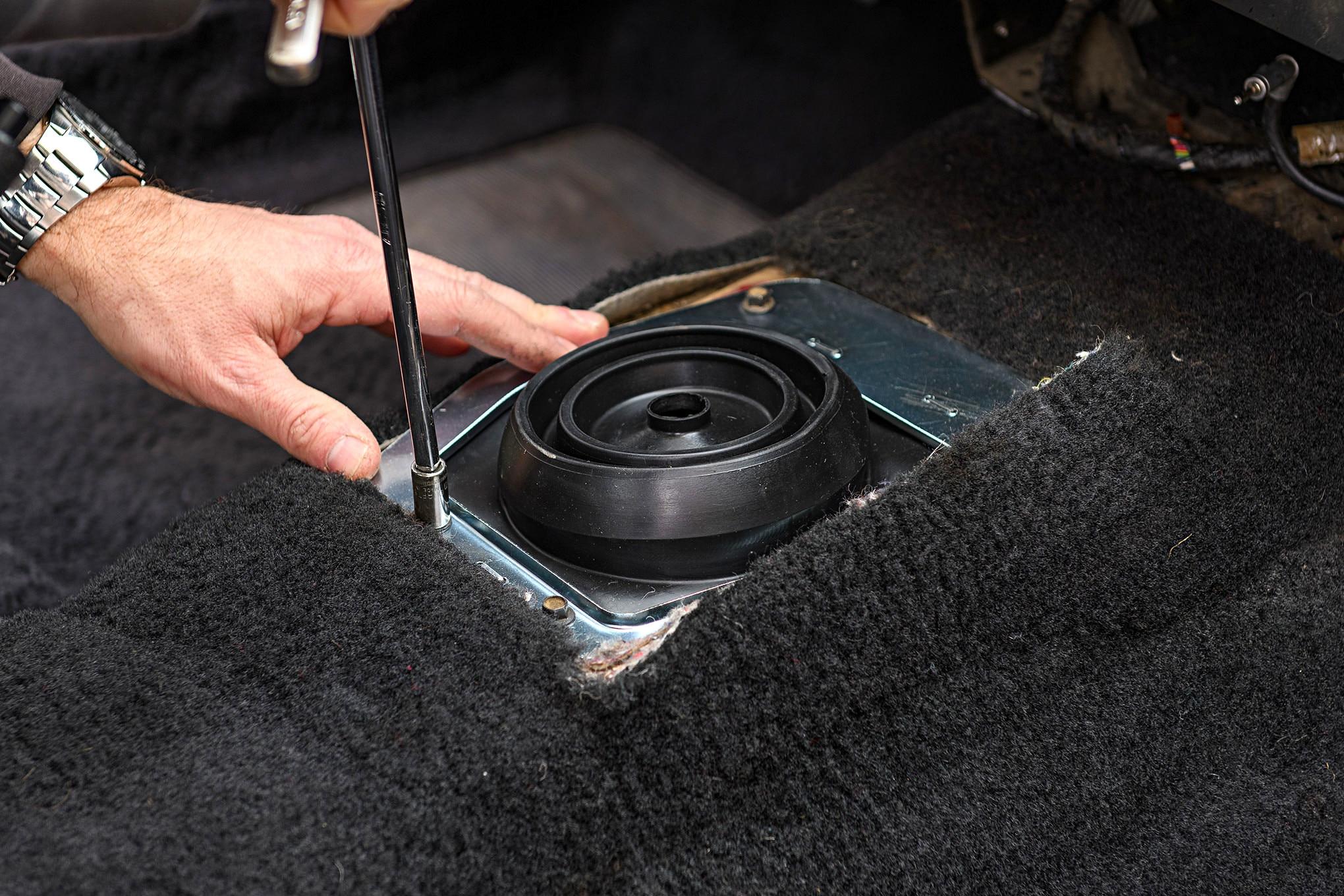 022 Mustang Lower Shifter Boot Installation