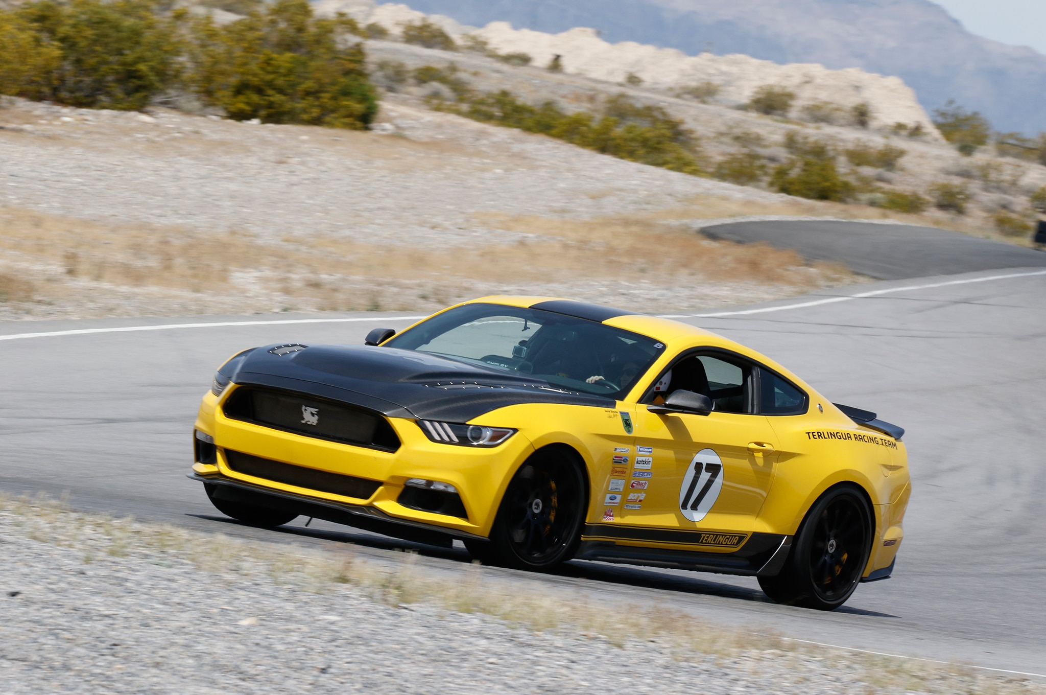 4 2016 Ford Mustang Side View