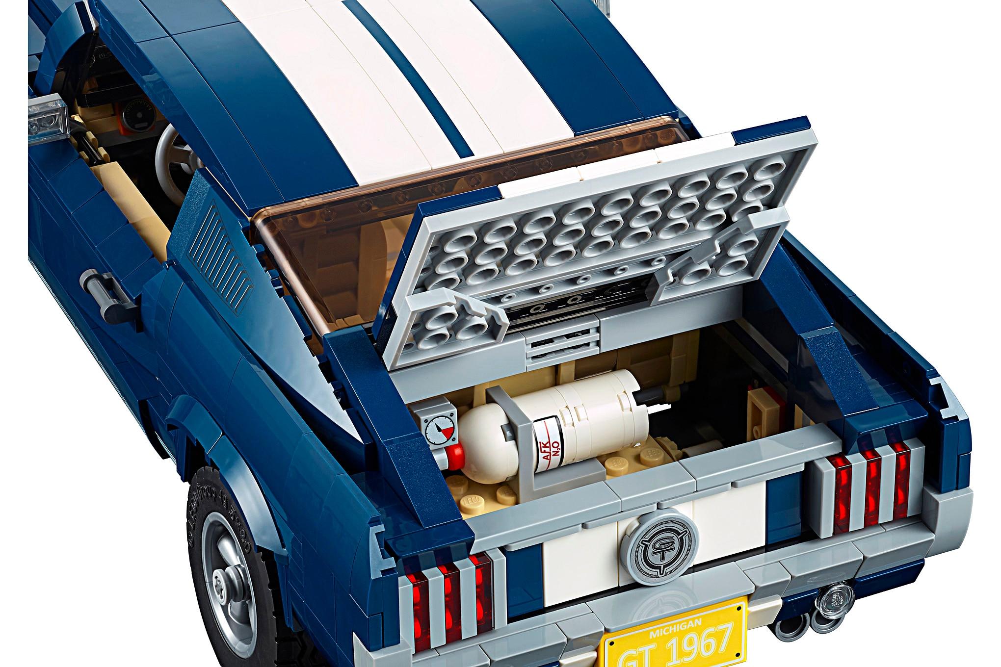 004 LEGO Creator 1967 Mustang Kit